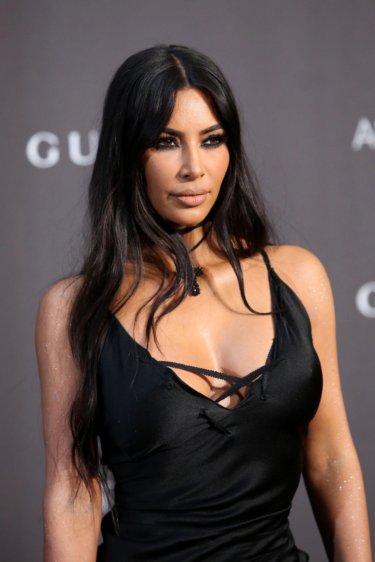 KIM KARDASHIAN Arrives at Larsa Pippen's Birthday Party in ...   Kim Kardashian